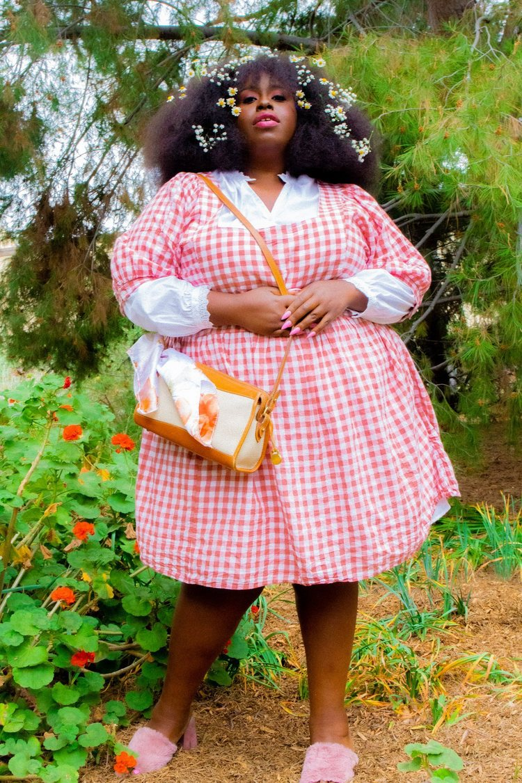 How To Shop For Plus Size Vintage