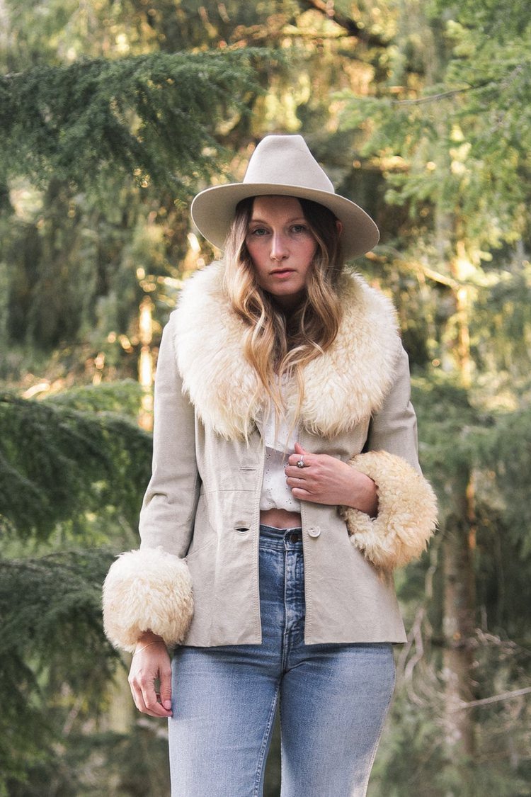 How to Buy That Perfect Winter Vintage Coat