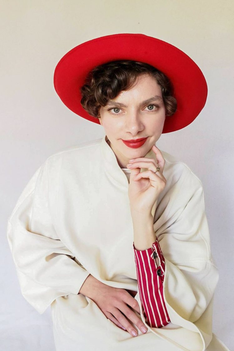 How to Wear Vintage Hats